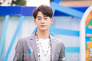 吳思賢(小樂)8月18日在台北出席酒商活動。(陳柏州/大紀元)