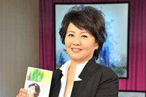 資深藝人王琄出道26年,演出作品橫跨電視、電影、舞台劇,擁有3座金鐘視后的肯定,如今再添作家身分。(台視提供)