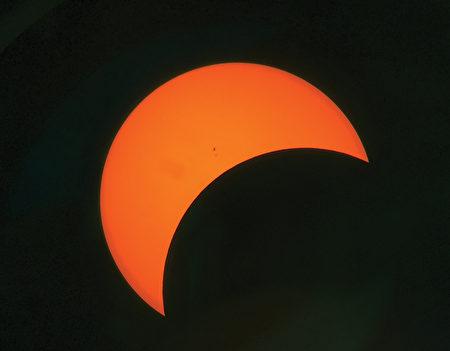 6千里路云和月看日全蚀 值得吗?