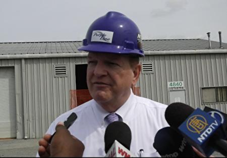 马里兰州交通运输部长皮特·瑞恩(Pete Rahn)。(新唐人电视台提供)