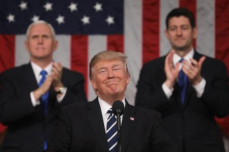 川普總統於今年2月28日晚首次對國會演講,獲得了各界的積極評價。(Jim Lo Scalzo – Pool/Getty Images)