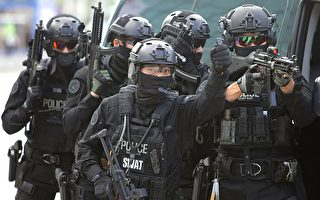 從本週一(8月21日)開始,美國和韓國舉行為期10天的年度聯合軍事演習。圖為韓國特警當日也參加了在韓國高陽市的Kintex進行的這次聯合演習。 (Chung Sung-Jun/Getty Images)