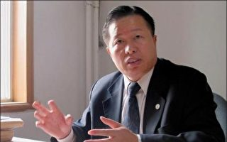被中共當局軟禁中的著名維權律師高智晟,8月13日早晨在陝北家鄉窯洞被其家人發現失蹤,至今仍下落不明。(大紀元資料圖)