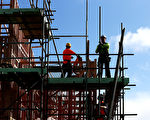 建筑业大量员工来年有望加薪。 (Fiona Goodall/Getty Images)