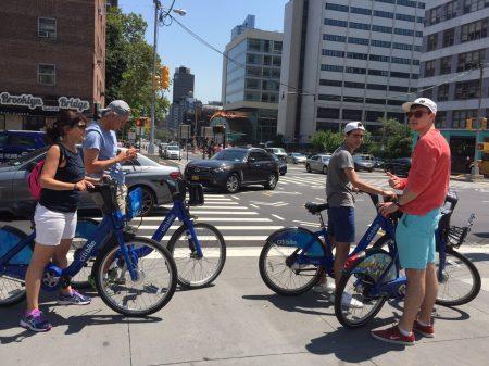 越來越多人騎Citibike逛紐約。