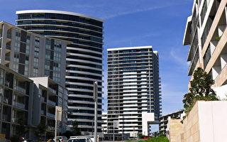 澳洲墨尔本、悉尼和堪培拉这三大城市的房市仍红火,继续推动着全澳房价的上涨,其它州府城市房价的持平或略有下跌。(简沐/大纪元)