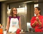 活动主厨琳恩·杰斯特(Lynn Just)在回答现场观众提问。(林乐予/大纪元)