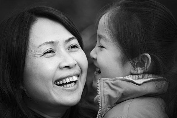 母親和女兒。(fotolia)