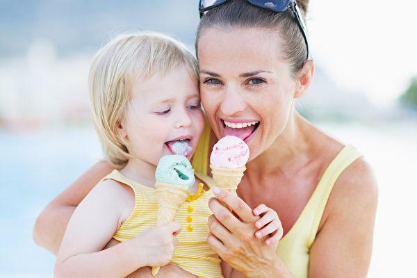 美国宾夕凡尼亚州立大学的研究显示,冰淇淋的脂肪含量较高,未必比较美味,消费者其实不太能感受脂肪含量的差异。(Fotolia)