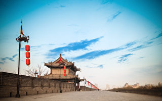 西安城墙(fotolia)