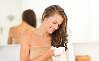 專家:讓頭髮自然風乾 比用吹風機更傷髮質