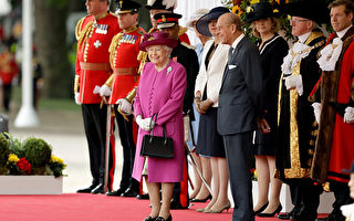 英国女王手提包里的秘密