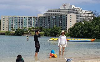 面對朝鮮威脅,關島總督卡爾沃8月9日表示,關島沒有提升威脅警告級別。圖為關島海濱。(MAR-VIC CAGURANGAN/AFP/Getty Images)