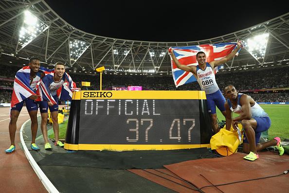 田径世锦赛上,英国夺得男子4*100米接力冠军。这是英国首次在田径世锦赛上夺得团体项目的金牌。(Patrick Smith/Getty Images)
