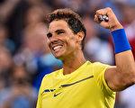 31岁西班牙球王纳达尔隔三年后,再次登上世界第一宝座 。(Minas Panagiotakis/Getty Images)
