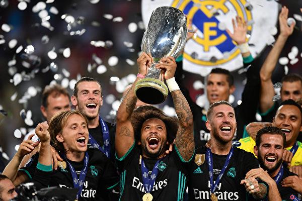 上賽季歐冠冠軍皇馬以2:1擊敗了歐聯盃得主曼聯,成功衛冕歐洲超級盃。 (Dan Mullan/Getty Images)
