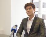 《龙之诞生》的男主角伍允龙接受新唐人电视台专访。 (奥立弗/大纪元)