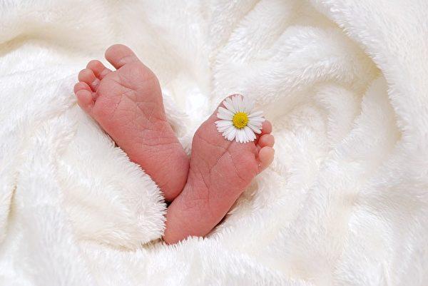 腳掌的紋路也透露出一個人天生的富貴與否。(Pixabay)