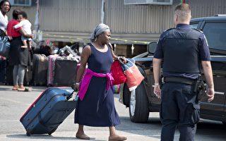 非法越境难民涌入 加拿大加紧驱逐