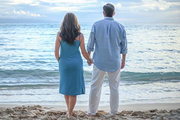 夫妻关系从吵架到解决问题 只需改变一句话