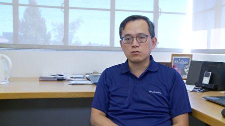 加大洛分校(UCLA)安德森管理學院經濟學家俞偉雄,談洛城辦奧運優勢與需改進的問題。(楊陽/大紀元)