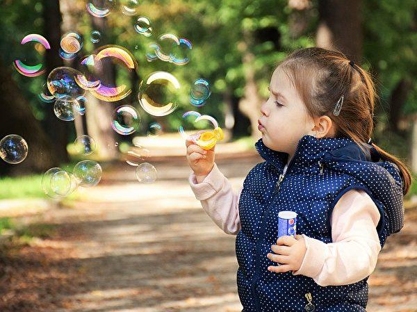 幸福其实随处可得,只要用心就可以发现。(Pixabay)