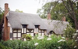 象征财富和高贵 英国人爱住茅草屋