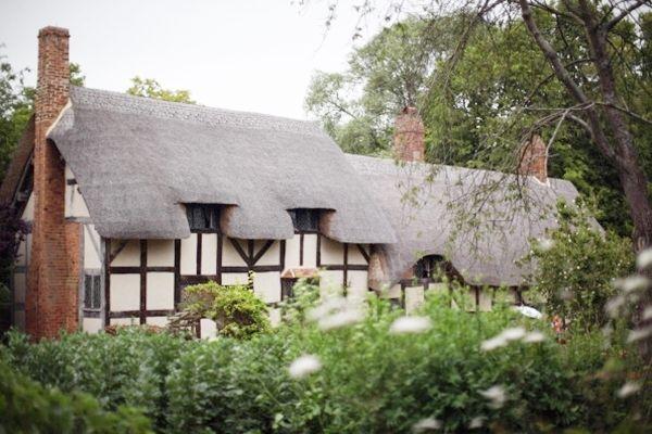 象徵財富和高貴,英國人愛住茅草屋。(Christopher Furlong/Getty Images)