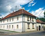 德弗乍克出生的故居,现在已经是纪念馆。(《捷克经典》/柿子文化)