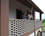 上海馬銀花8月27日去廈門旅遊被截回後關黑監獄,家中老小無人照顧,無奈下以死抗議。(志願者提供)