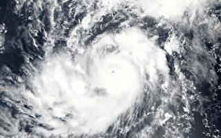 在德州帶來巨大災難哈維颶風尚未退去,大西洋又有3級颶風Irma形成。圖為2017年8月31日上午11時15分,在大西洋的颶風Irma。(Handout/NOAA/AFP)