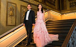 莫文蔚偕夫伦敦皇宫办派对 庆祝相识30年