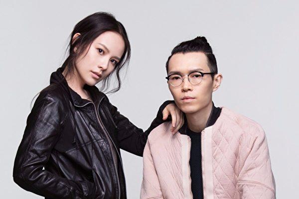 """王诗安(左)近日宣布正式加盟方大同(右)成立的""""赋音乐""""旗下首位签约创作歌手。(赋音乐提供)"""
