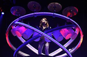 """邓紫棋(G.E.M.)2017""""Queen of Hearts""""巡回演唱会香港站于15日在红馆登场。(蜂鸟音乐提供)"""