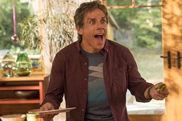 《人生剩利組》(劇照)由班‧史提勒(Ben Stiller)領銜主演,詮釋擁有中年信心危機的父親。(采昌國際多媒體提供)