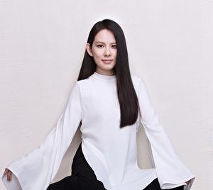 """歌手王诗安加盟方大同""""赋音乐""""推出首支单曲《一步成诗》。(赋音乐提供)"""