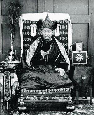 1927年圆寂前、时年75岁的寒波喇嘛伊谛吉洛夫。(公有领域)