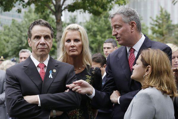 库默在2013年的纽约市长初选中,就没有背书白思豪。 (Mark Lennihan-Pool/Getty Image)