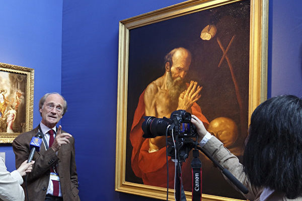 古董画廊总裁Jacques Leugenhoek。 (关宇宁/大纪元)
