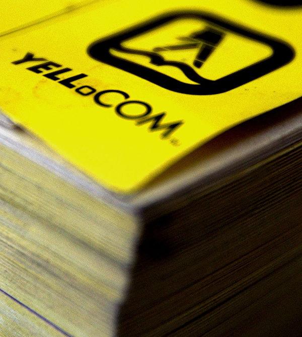 電話黃頁將不再印刷,結束51年的歷史。 出版電話黃頁的Yell公司宣布,明年他們將出版最後一批104個地區的電話黃頁,最後一個發行黃頁將是Brighton,這裡也是1966年第一本電話黃頁開始發行的地點,算是給黃頁畫上一個圓滿的句號。 (Ian Waldie/Getty Images)