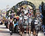 圖為2015年的慕尼黑啤酒節民間傳統大遊行。(Johannes Simon/Getty Images)