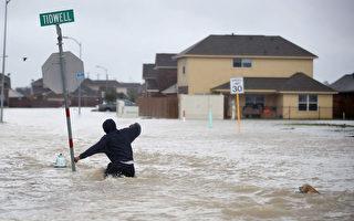 雖然哈維以及離開德州,但健康專家警告德州人應遠離洪水和污積水,避免細菌感染。(Joe Raedle/Getty Images)