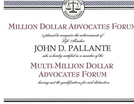 珀朗特律师获百万美元和数百万美元倡导论坛证书。(图由本人提供)