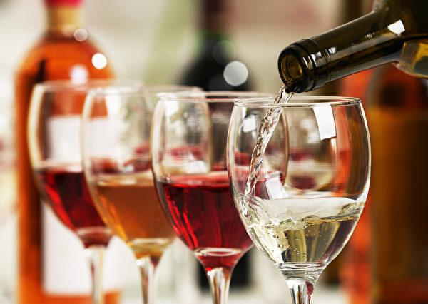 多种癌症发病与酒精有关,肝癌是其中一个。(shutterstock)