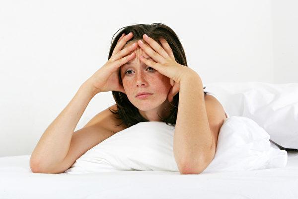 晚上若失眠,可以试试睡眠专家提供的一些奇招。(Fotolia)