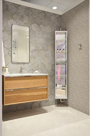 北加州裝修名品,Porcelanosa的新品衛浴建材。(大紀元\章德維)