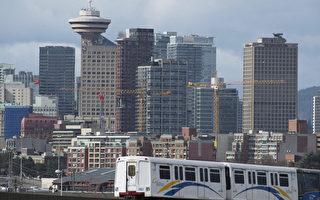 图说:天车(skytrain)在温哥华市中心行驶。(加通社)
