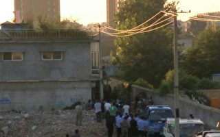 2016年8月24日夜晚,江苏老庄村乔玉顺一家三口被强拉到荒郊野外,三天后回来家园变成一片废墟。(志愿者提供)