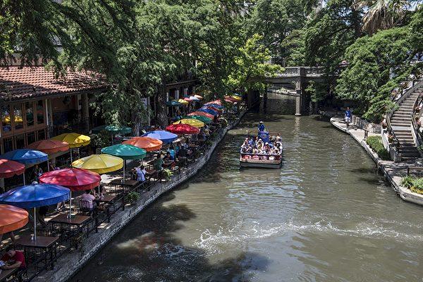圣安东尼奥的河滨步道是最著名的景点。(skeeze/CC/Pixabay)