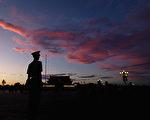 中共十九大前,北京風聲鶴唳,近日「維穩」措施加碼,北京工人體育場附近各大夜店被暫停營業11天。(Feng Li/Getty Images) (Photo by Feng Li/Getty Images)